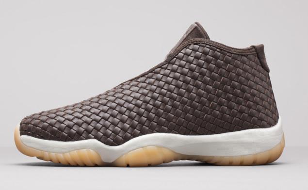 Air Jordan Future Premium Dark Chocolate von der Seite
