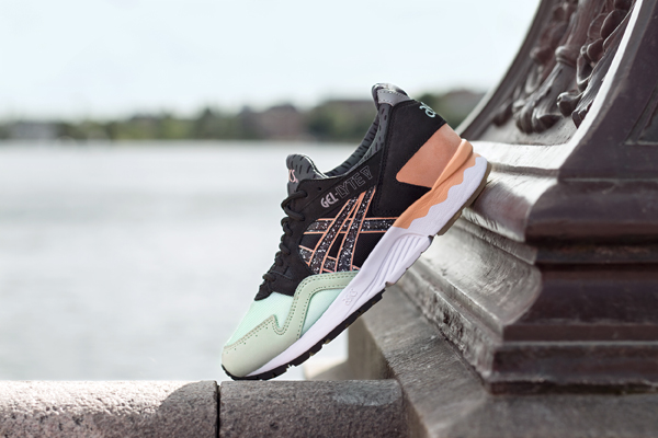 NAKED X ASICS GEL-LYTE V HAFNIA single shot